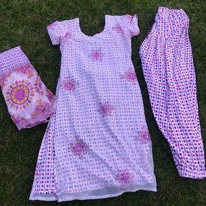 Super cute daisy paksitani Eid Indian clothes
